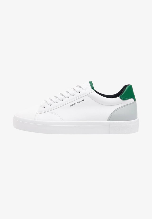 MIT FARBIGER FERSE - Sneakers basse - white