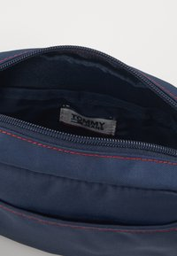 Tommy Jeans - CAMPUS GIRL CROSSOVER - Borsa a tracolla - blue - 0