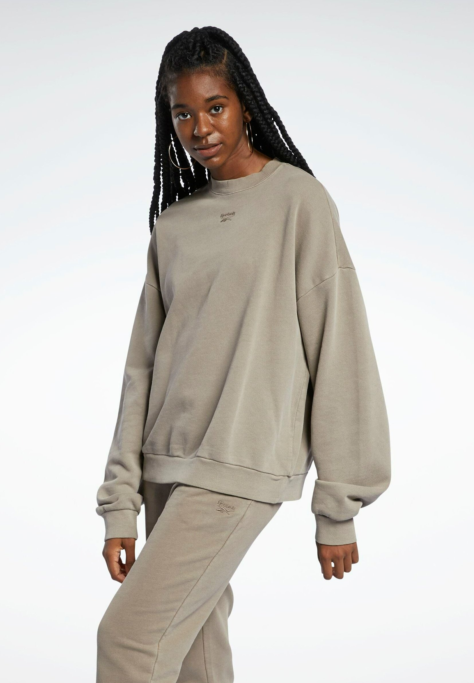 Women REEBOK CLASSICS NATURAL DYE OVERSIZE CREW DRESS - Sweatshirt
