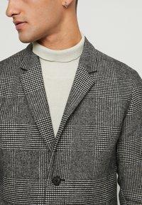 Jack & Jones PREMIUM - JPRMOULDER CHECK COAT - Classic coat - grey melange - 5