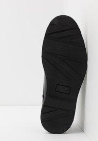 Walk London - REESE DERBY - Šněrovací boty - black - 4
