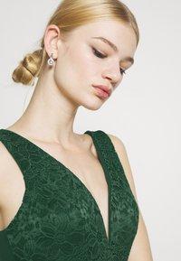 WAL G. - PLEATED SKATER DRESS - Žerzejové šaty - forest green - 3