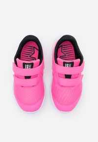 Nike Performance - STAR RUNNER 2 UNISEX - Neutrale løbesko - pink glow/photon dust/black/white - 3