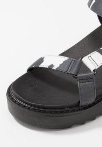 Koi Footwear - VEGAN  - Korkeakorkoiset sandaalit - black - 5