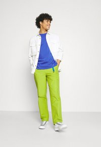 Obey Clothing - JUNCTION TREK PANT - Chinot - apple buzz - 1