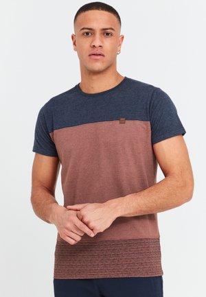 Basic T-shirt - rootbeer
