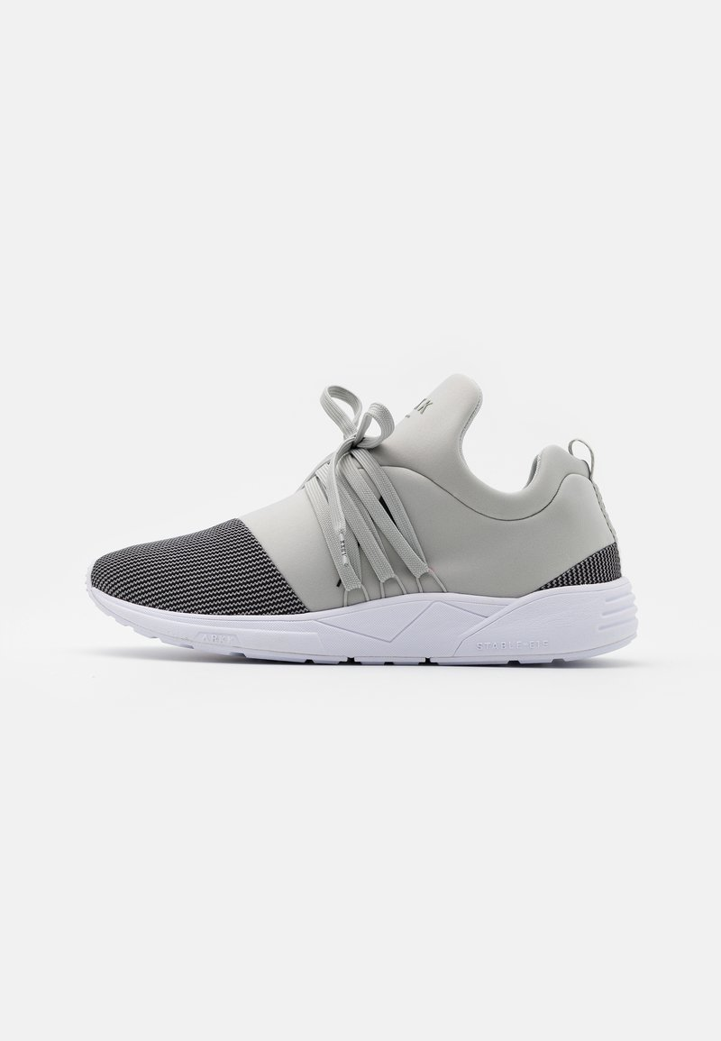 ARKK Copenhagen - RAVEN UNISEX - Trainers - steeple gray/white