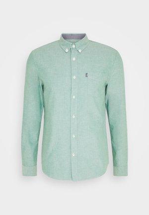 Shirt - light green