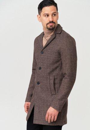 MANTEL BESTER - Short coat - demitasse