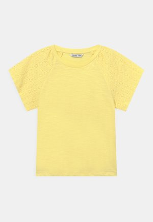 CANADA - Print T-shirt - yellow