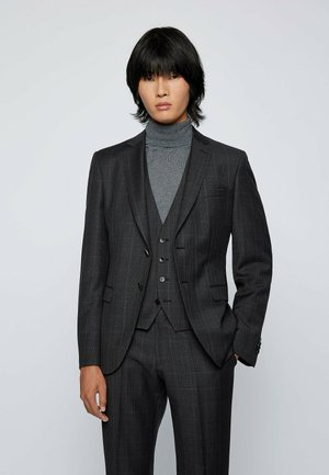 SET - Costume - dark grey