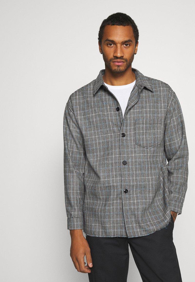 Mennace - RAW HEM CHECK  - Lehká bunda - grey