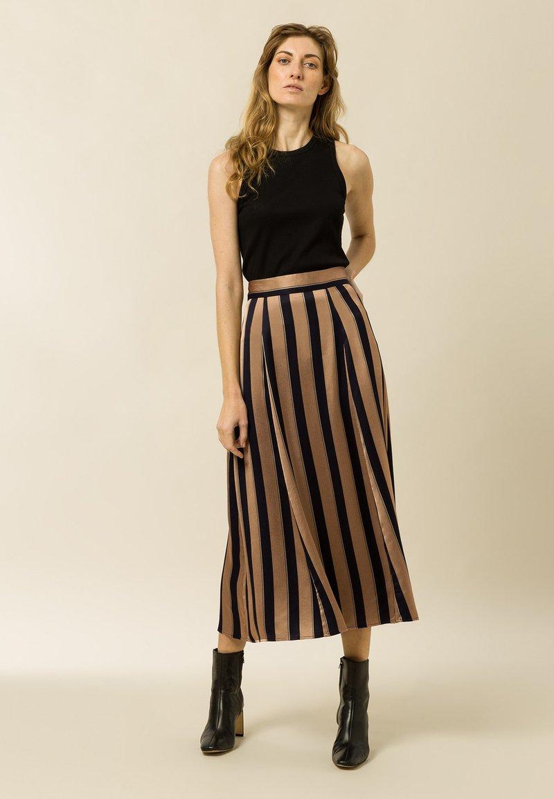 IVY & OAK - A-line skirt - dark toffee