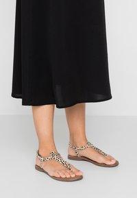 Lazamani - T-bar sandals - beige - 0