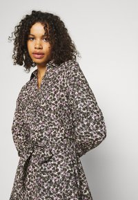 Selected Femme Tall - SLFSOLVEIG SHIRT DRESS - Abito a camicia - black - 3