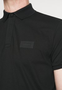 Tommy Hilfiger - SIGNATURE ZIP - Polo shirt - black - 3