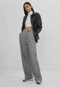 Bershka - Pantalon classique - grey - 1