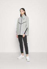 Nike Sportswear - Cardigan - dark grey heather/black - 1