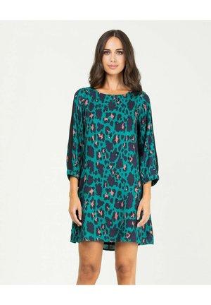 Vestido informal - verde