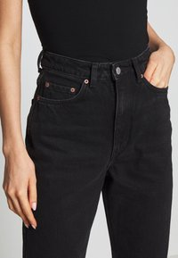 Weekday - ROWE ECHO - Relaxed fit jeans - black - 3