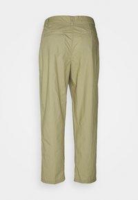 CLOSED - LUDWIG - Trousers - green bark - 1
