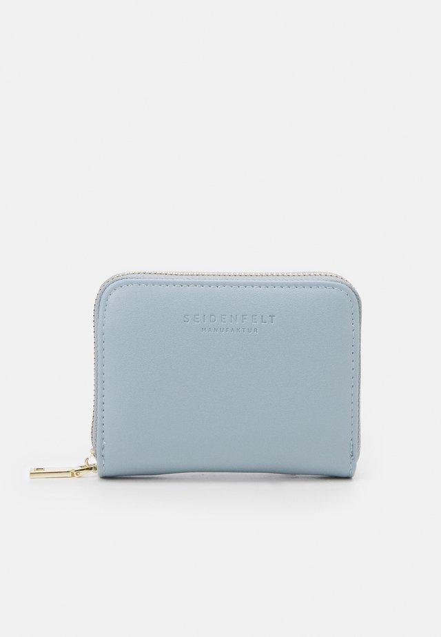 YLVA - Wallet - powder blue