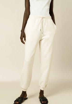 Spodnie treningowe - vanilla cream