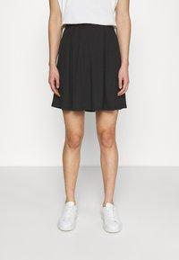 Vila - VIBE SHORT SKIRT 2 PACK - Mini skirt - black/scarlet flame - 3