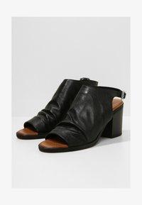 Inuovo - Sandals - black blk - 1
