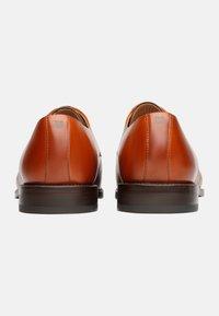 Henry Stevens - Smart lace-ups - cognac - 2
