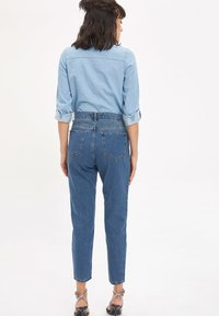 DeFacto - LINE MOM - Straight leg jeans - blue - 2