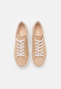 Gabor Comfort - Trainers - caramel/champagner - 5