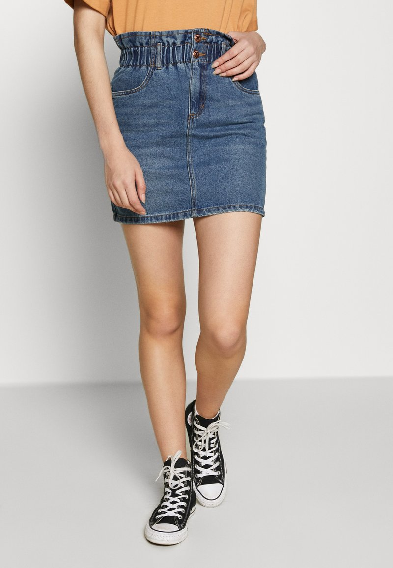 ONLY - ONLMILLIE MINI PAPER SKIRT - Denim skirt - medium blue denim