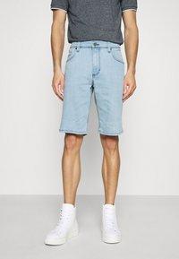 Mustang - WASHINGTON - Denim shorts - denim blue - 0