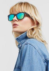 Superdry - SOLENT SUN - Sunglasses - marl - 3