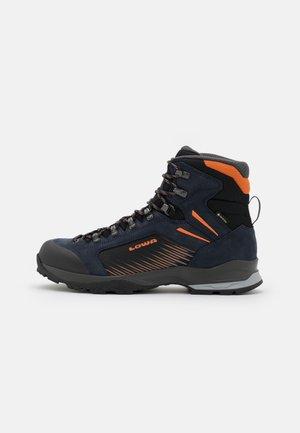 VIGO GTX - Hiking shoes - navy/orange