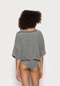 Free People - COZY GIRL - Pyjama - washed black - 2