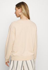Levi's® - STANDARD CREW - Sweater - toasted almond - 2