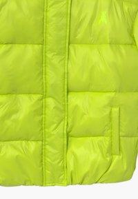 Patrizia Pepe - PIUMINO LOGO - Winter jacket - verde acido chiaro - 2
