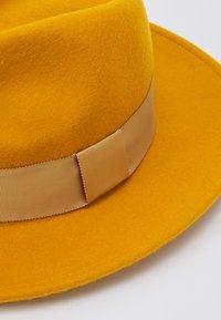 ALDO - Hatt - mustard - 3