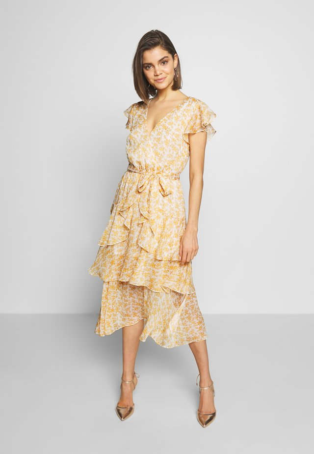 LANA MIDI DRESS - Day dress - gold/white