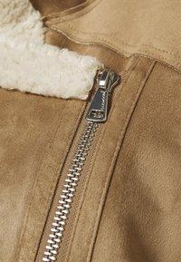 Oakwood - COMMUNITY - Faux leather jacket - beige - 3