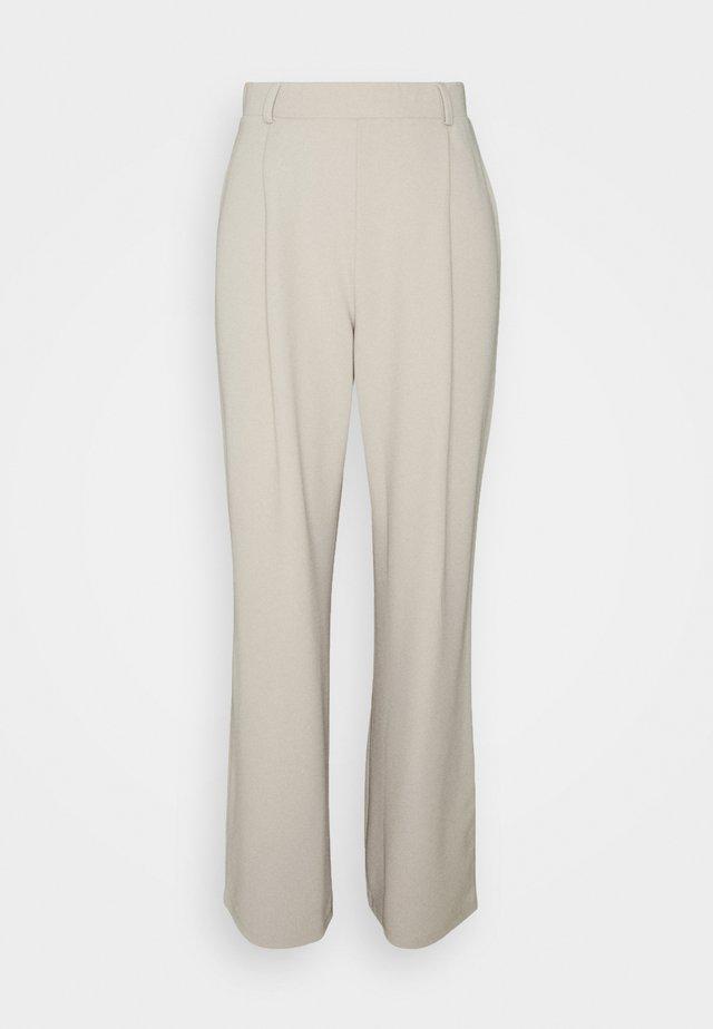 EVERYTHING PANTS - Broek - beige