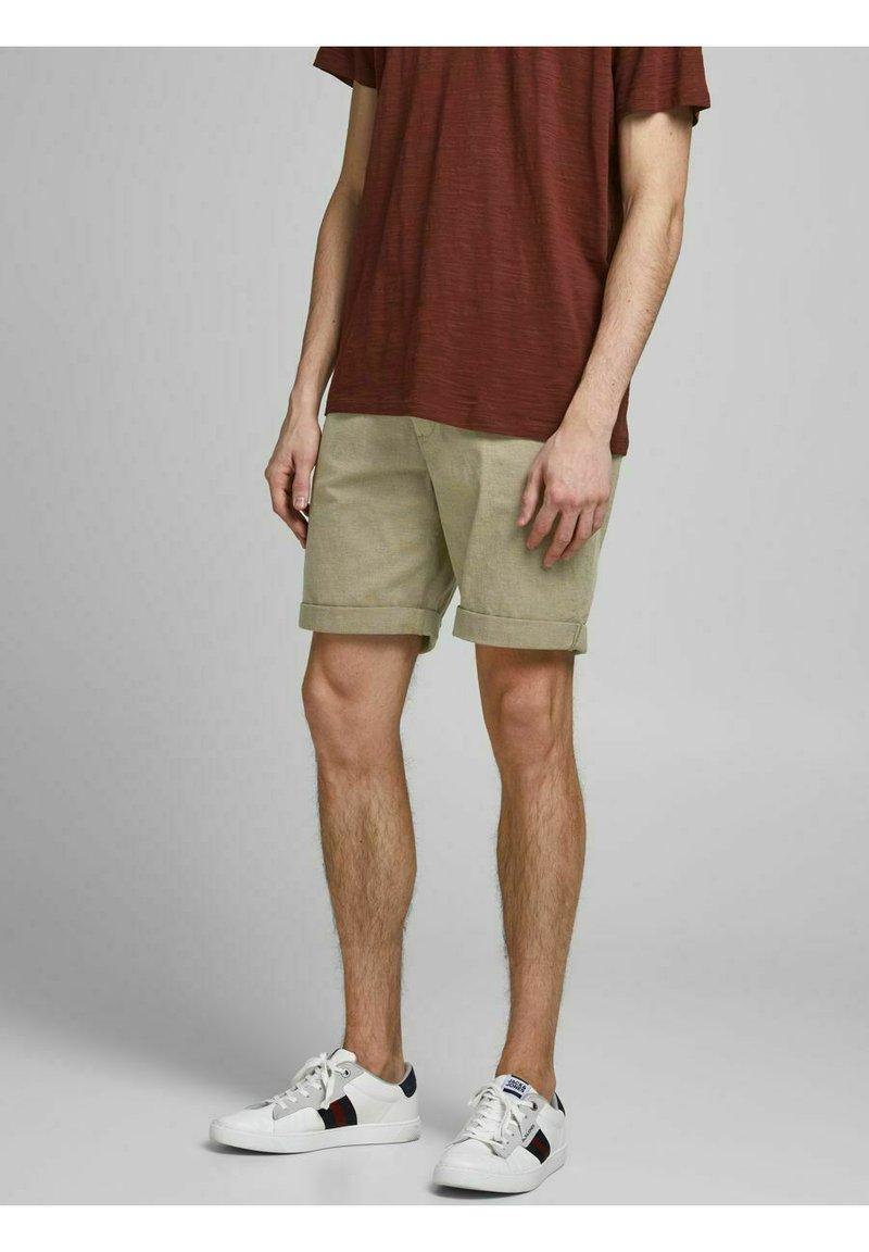 Jack & Jones - Shorts - crockery