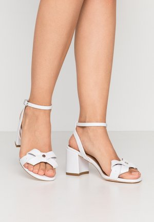 SEVILLE - Sandali - white