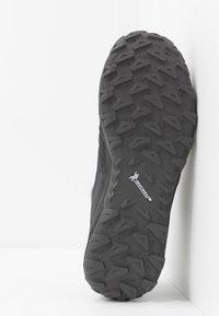Mammut - SAENTIS LOW MEN - Hikingschuh - black/titanium - 4