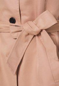 Vero Moda Curve - VMMADISONDONNA - Trenchcoat - mahogany rose - 2