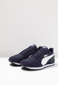 Puma - RUNNER UNISEX - Trainers - peacoat/white - 2