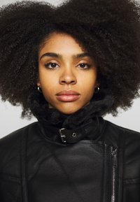 Topshop Petite - CASSY - Faux leather jacket - black - 3