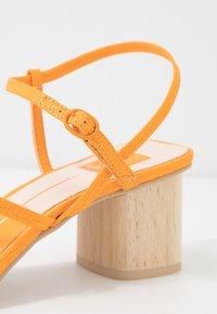 Dolce Vita - ZYDA - T-bar sandals - tangerine - 2